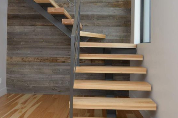 Fabrication d'un escalier fonctionnel et esthétique
